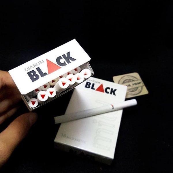 Black (Trắng) 2