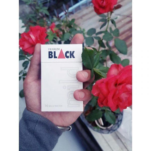 Black (Trắng) 4